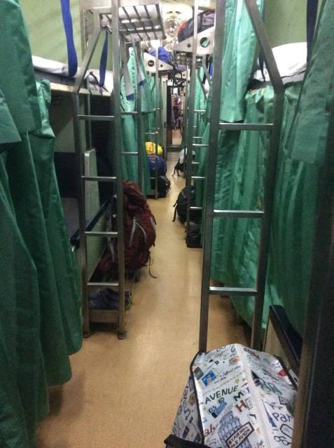 bangkok-chiangmai-train-2