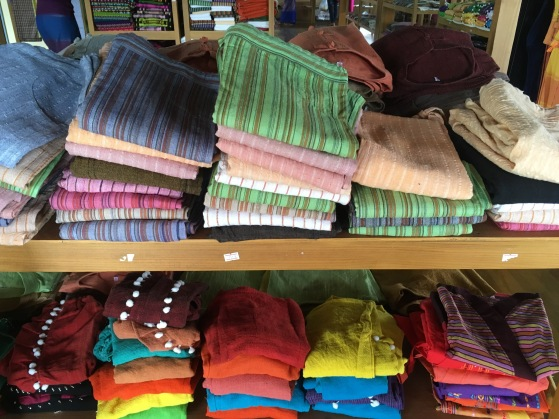 colorful scarves Inle Lake mehmehsasa.jpg