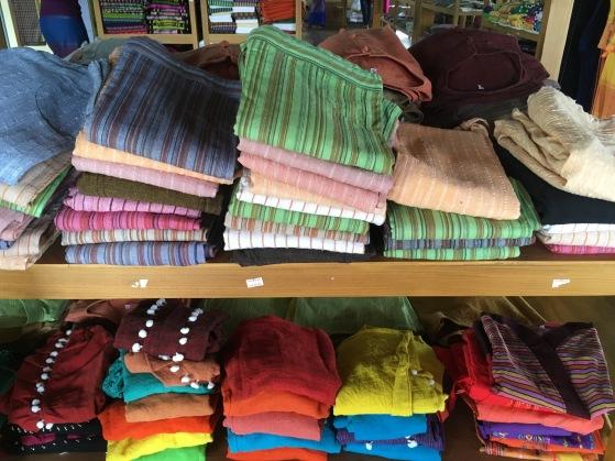 colorful scarves Inle Lake mehmehsasa.jpg